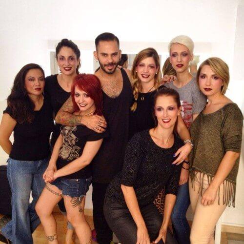 alumnos maquillaje Workshop Experience y Kley Kafe