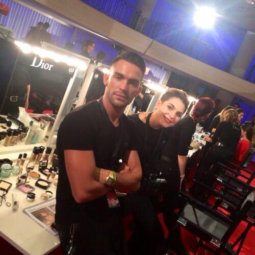 John y Mara, de Alumnos y profesores de Workshop Experience en Glamour Street Fashion Show.