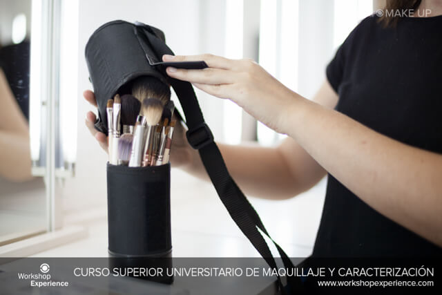 Pinceles y brochas escuela maquillaje Workshop Experience