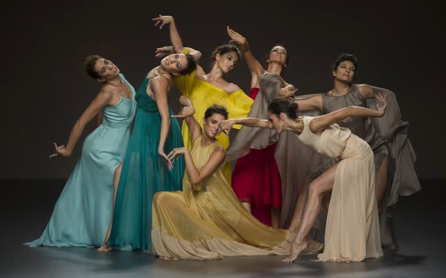 Bailarinas Ballet Nacional para el desfile de Juan Duyos en la Mercedes Benz Fashion Week de Madrid Primavera/Verano 2015