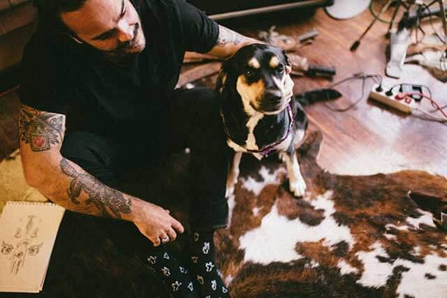 Alejandro y su perro