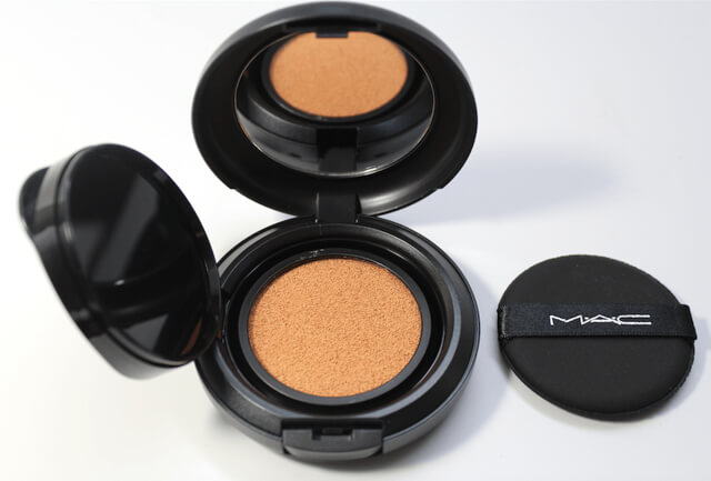 Base en formato cushion de MAC