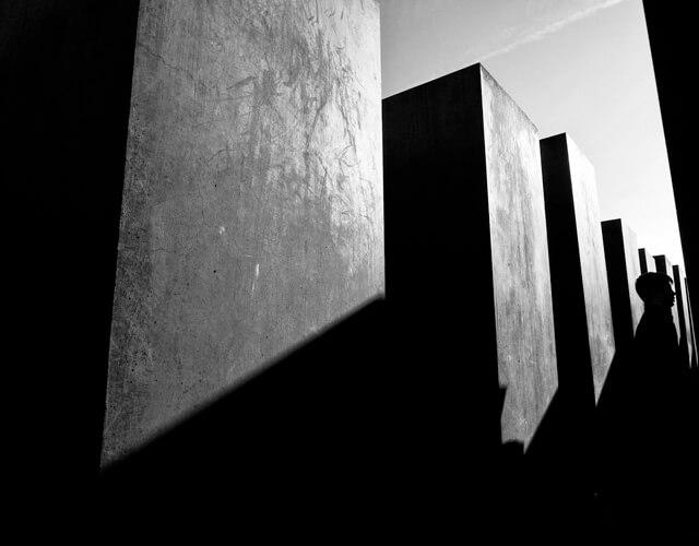 Las sombras sugieren más de lo que hay en realidad | Fuente: Flickr