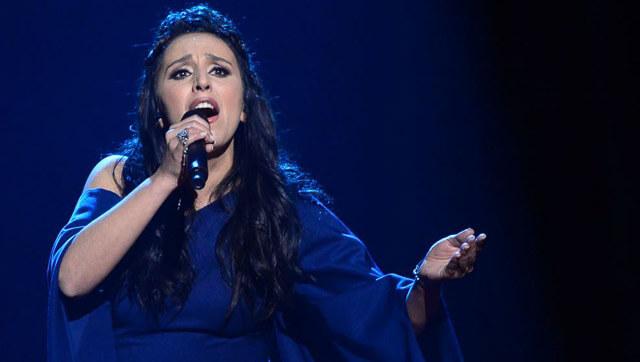 Jamala cantando