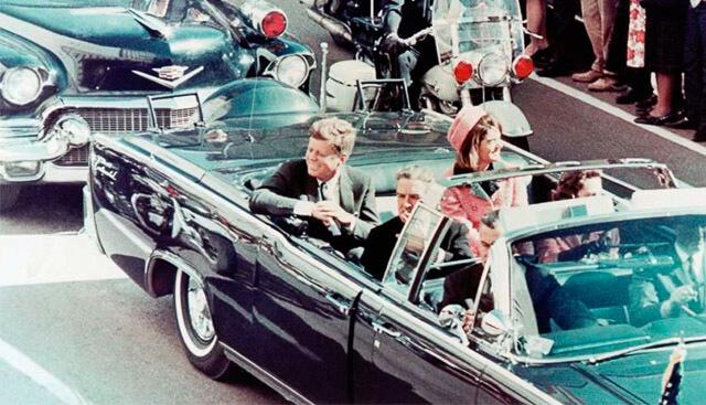 John F. Kennedy y Jacqueline Kennedy, en Dallas en 1963,