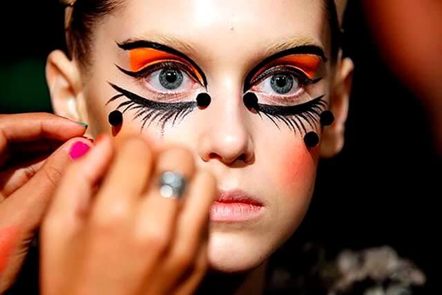 Maquilladoras y expresión artística