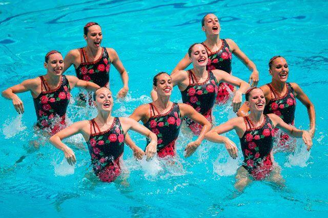 nadadoras de natacion sincronizada