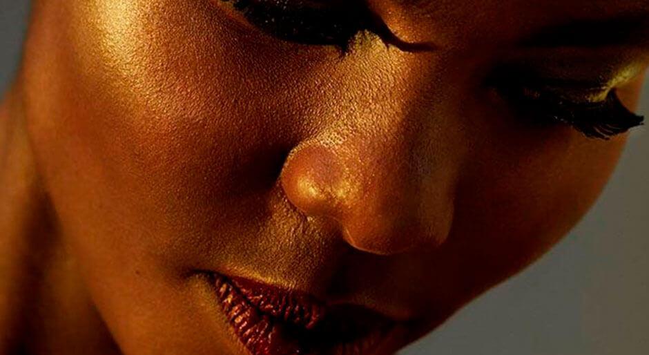 Rostro de chica negra