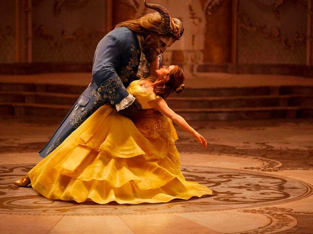 Baile de la bella y la bestia en live action.